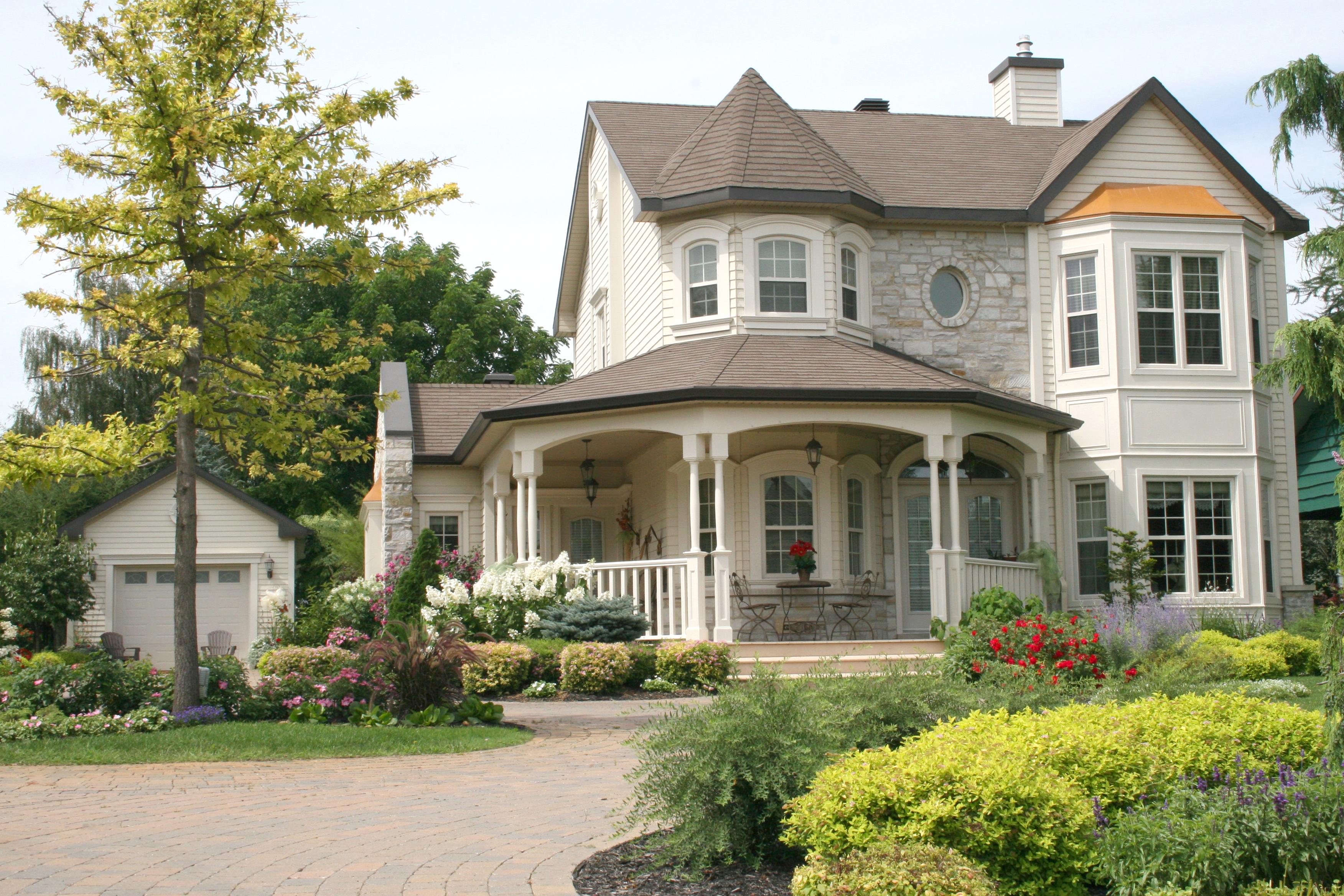 HOUSE-EXTERIOR-PHOTO